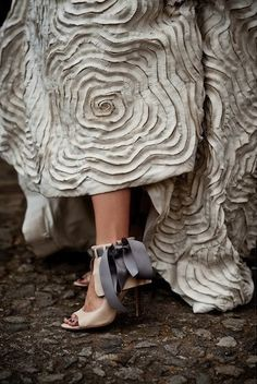 Gorgeous detail on the shoe. Makes a simple dress really stand out.