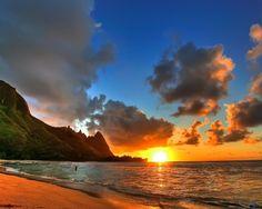 Sunset at Tunnels Beach, Kauai