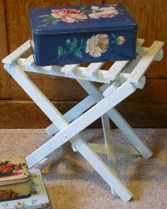 Folding stool and pretty tins from www.vintagelifestyle.co.uk