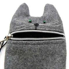 cat zipper pouch