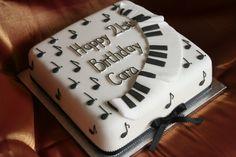 strawberry cakes, piano cake, fanci cake