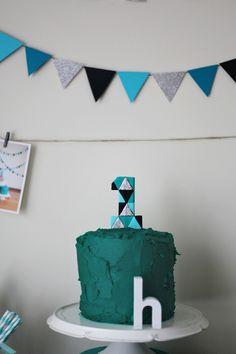 lincoln parti, birthday parties, oliv parti, 1st birthday, sponge cake