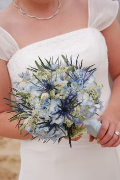 Fabulous bouquets in blue