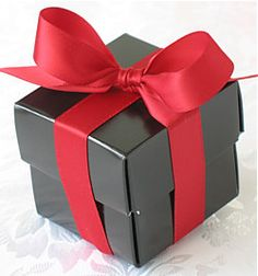 Wedding Gift Deposit Box : Box for wedding favours for guests or bridesmaids. Red ribbon on black ...