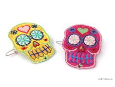 I designed the Crafty Chica appliqué packages to have one big skull and two mini ones. Here's what to do with the minis: Make Calavera Hair Clips! They only take a minute to put together! While you...