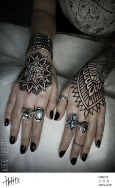 Alex Tabuns Tattoo - Sacred Geometry Ornaments tattrx.com/artists/alex-tabuns tumblr: alex-tabuns
