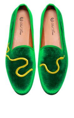 Del Toro Prince Albert Green Velvet Slipper Loafers With Snake Embroidery