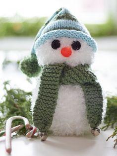 Simon the Snowman | Yarn | Free Knitting Patterns | Crochet Patterns | Yarnspirations