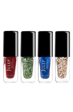 Now trending: Holiday hues!