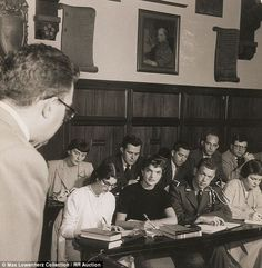 Jackie Kennedy enrolled in continuing education classes at nearby Georgetown University following her wedding to Kennedy, and she focused largely on American history