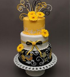 Bake Me A Cake Pastry Shop & Bakery via http://www.fashionablebride.com/gallery/346/planninginspiration/Wedding-Cakes/Bake-Me-A-Cake-Pastry-Shop-Bakery#    Orlando, FL    WEBSITE | bakemeacake.net