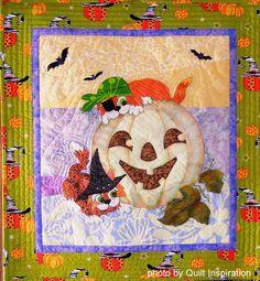 Spooky !  by Bonita McFadden, California.  Photo by Quilt Inspiration.  Photo by Quilt Inspiration: Halloween 2014
