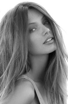 model head shots pretty hair colors, hair makeup, red lips, pink lips, lip colors, beauti, lipstick, beauty, lip colour