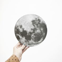 :) moon pot mat