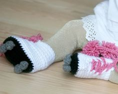 Knitted roller skate booties!!!