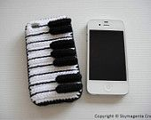 Crochet iPhone 4 / 4s Case - PIANO