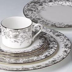 French Lace Dinnerware by Marchesa #lenoxweddingcolors
