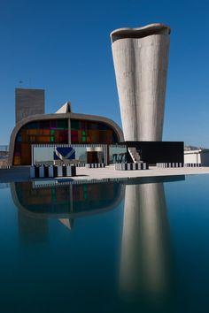 Daniel Buren installs mirrors and coloured glass on Le Corbusier's Cité Radieuse rooftop.