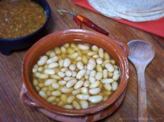 La Cocina de Leslie: Frijoles de la Olla {Cooked Beans}