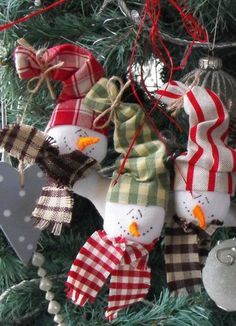 Easy Christmas crafts photos.