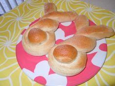 Easter bunny buns recipe