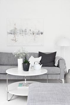 Living room, grey, love the painting!!