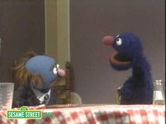 ▶ Sesame Street: Charlie's Ch Sounds - YouTube