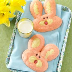 Chubby Bunnies   #easter #holiday #sunday #treat #treats #food #foods #sweets #dessert #desserts #recipe #recipes #gmichaelsalon #indianapolis #best #family #baking #ideas #inspiration #party #partyfoods #bunny #eggs #bunnies www.gmichaelsalon.com