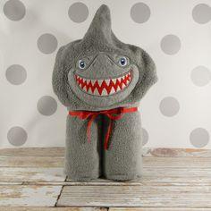 Shark hooded towel w
