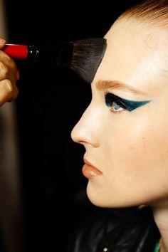 Winged emerald #eyeliner #makeup #beauty
