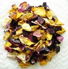 Homemade potpourri — cheap and sweet gift.