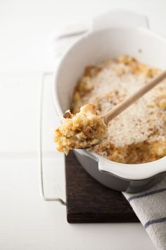 Roasted Garlic and Cheddar Cauliflower Gratin