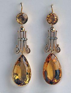 EDWARDIAN Drop Earrings  Gold Citrine Diamond H: 5 cm (1.97 in)  W: 1.2 cm (0.47 in)  British, c.1905 Fitted Case Shepherd hook fittings