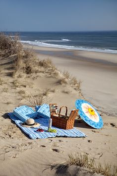 Cape Cod National Seashore early morning picnic - photo by Eric Roth