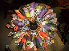 great halloween wreath made from craft cardstock.