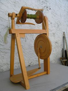 a nicer looking spinning wheel