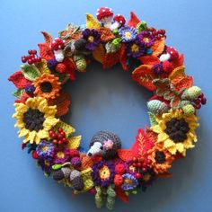 christmas wreaths, corona, attic24, crochet wreath, hedgehogs, fall wreaths, blog, autumn wreaths, attic 24