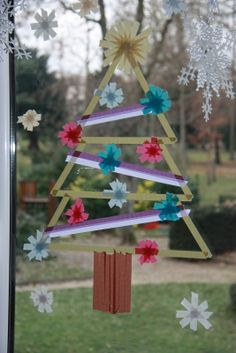 マスキングテープ窓にクリスマスツリー