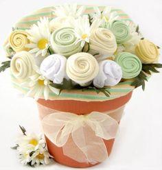 Onesie bouquet...great DIY baby shower gift!