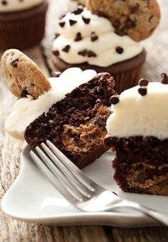 Chocolate chip cookie dough cupcakes... oh my! These look amazing!