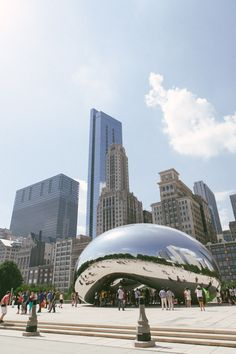 Cloud Gate ('The Bean'), Chicago, USA