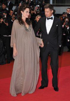 Angelina Jolie maternity fashion maxi awards dress. Even Brad Pitt looks impressed.