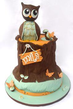 Owl and tree stump Birthday Cake