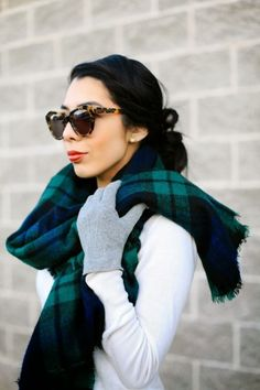 green plaid cold weather style, winter style, sunglass, winter looks, white shirts, tortoise shell, tartan plaid, everyday look, plaid scarf