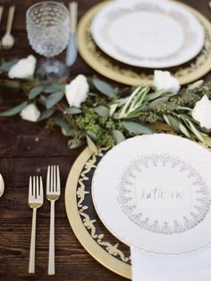 tablescape with greenery, photo by Jessica Rose Photography http://ruffledblog.com/romantic-beach-inspiration-in-toronto #placesetting #weddingideas