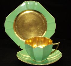 Masculine Elegance... For the men! QUEEN ANNE GOLD GREEN Tea cup and saucer TRIO