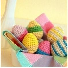 It's easy to #crochet your own #Easter ornaments, and make Easter decorations for your home. All you need is the right Easter crochet #pattern, the...