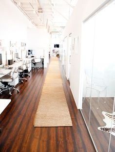 Open office environment mixed with private office or conference rooms