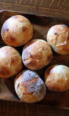 I want to try my hand at baking bread.