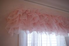 Tutu curtain valance. So cute! Girls Bedroom.